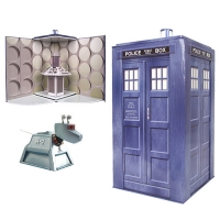 Doctor Who TARDIS Collectible Set with K-9 Figure