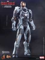 Iron Man Mark XXXIX Starboost Movie Masterpiece 1/6 Actionfigur 30 cm